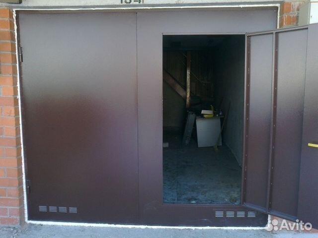 изготовление распашных металлических дверей