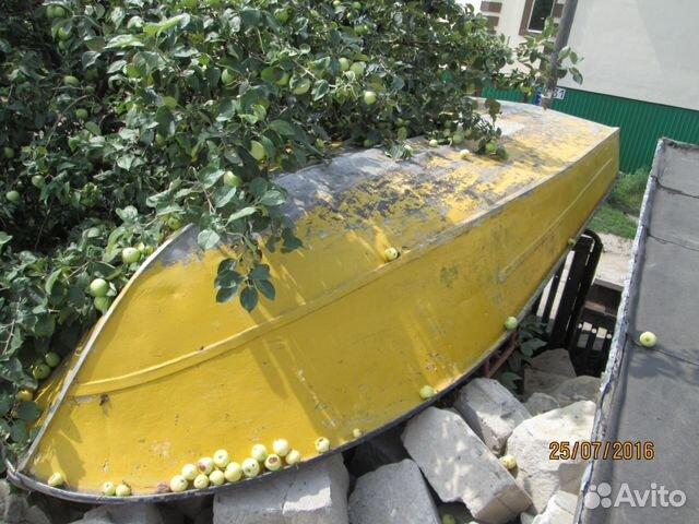 технический осмотр моторной лодки