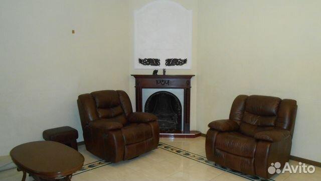 Продается трехкомнатная квартира за 11 400 000 рублей. Республика Крым, Симферополь, улица Шмидта, 33.