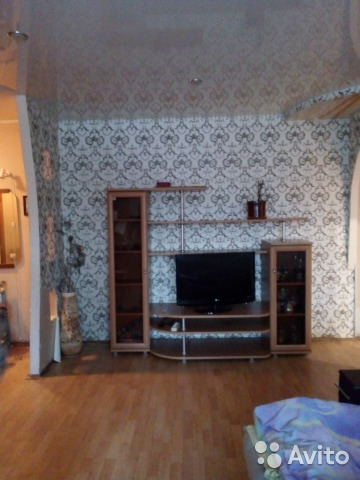 Продается трехкомнатная квартира за 2 050 000 рублей. Железнодорожная улица, 25.