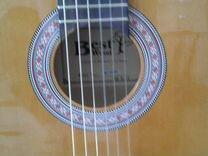 Продаю новую гитару с чехлом