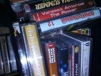 Аудиокассеты много разных