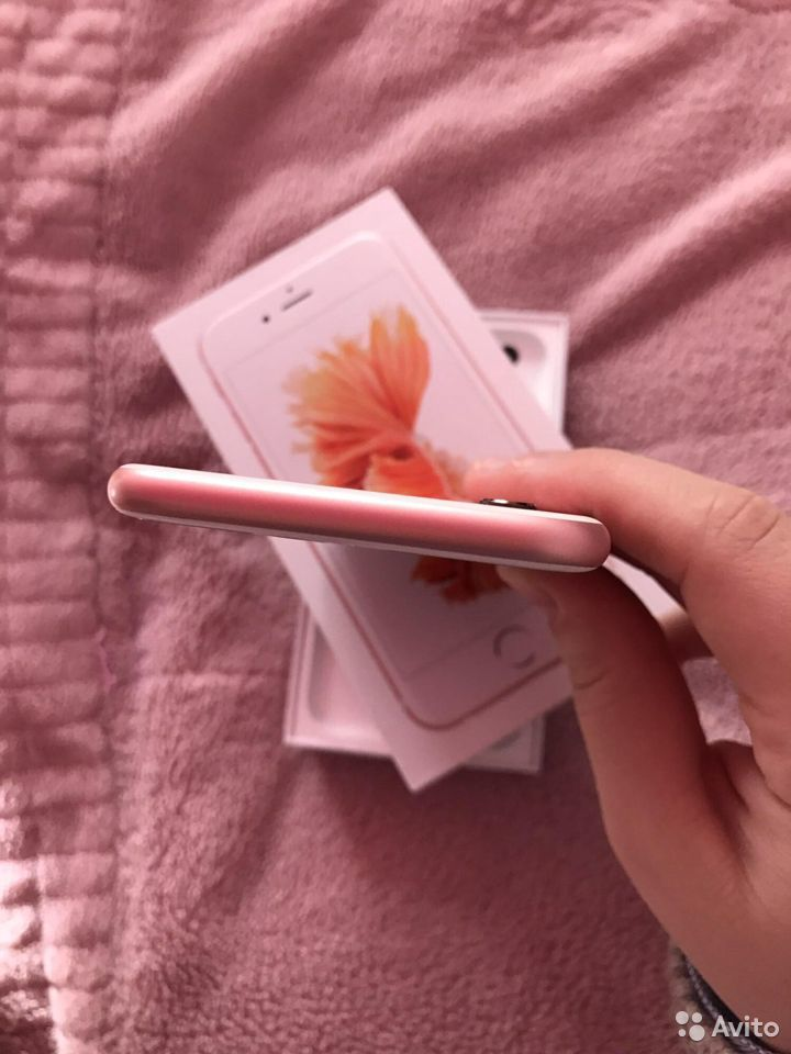 Телефон iPhone 6s,32G