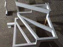 Лестница интерьерная металическая